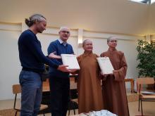 Páratlan könyvadományt kapott a Tan Kapuja